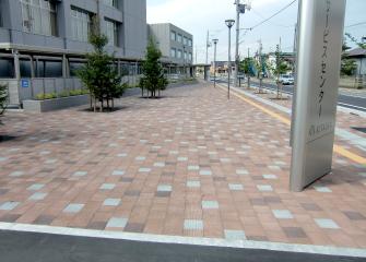 秋田市北部市民サービスセンター(アプローチ)
